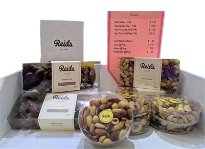 Main Gift & Decor GIFT BASKETS with Reids Chocolates